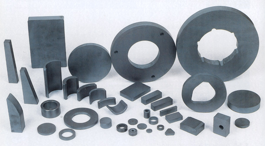Strong Permanent Ferrite Plastic Magnets Industrial Ferrite Plastic Magnets